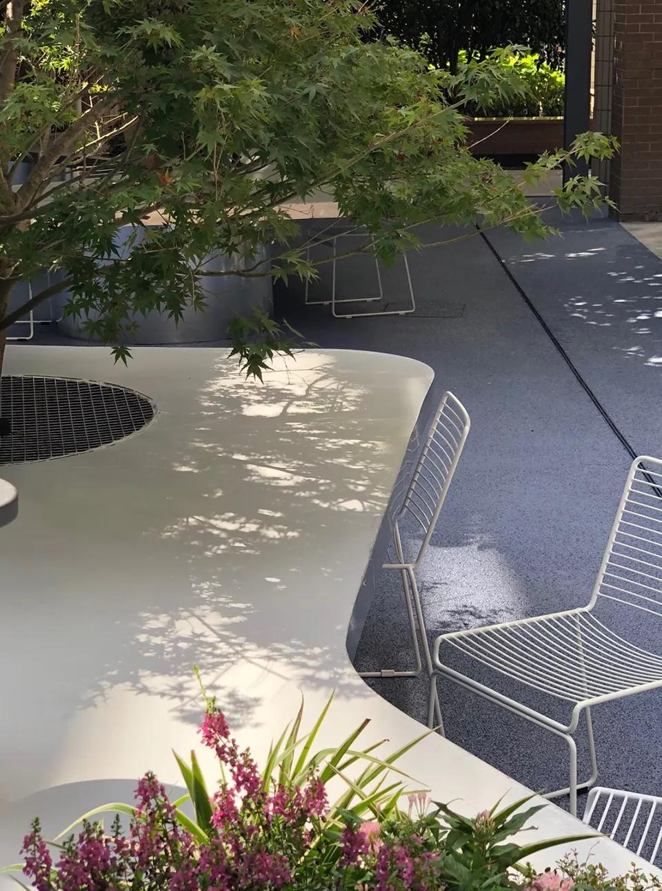 最受欢迎的非正式学习空间 - 树桌花园7.webp.jpg